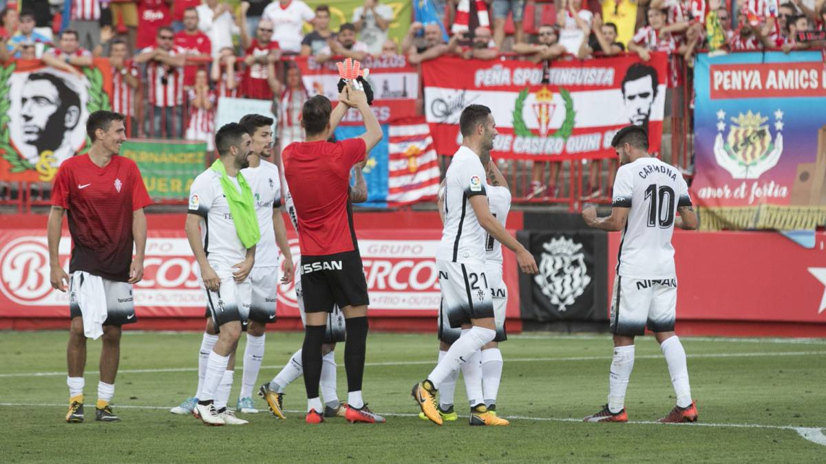 El Sporting se coloca líder antes del derbi asturiano.