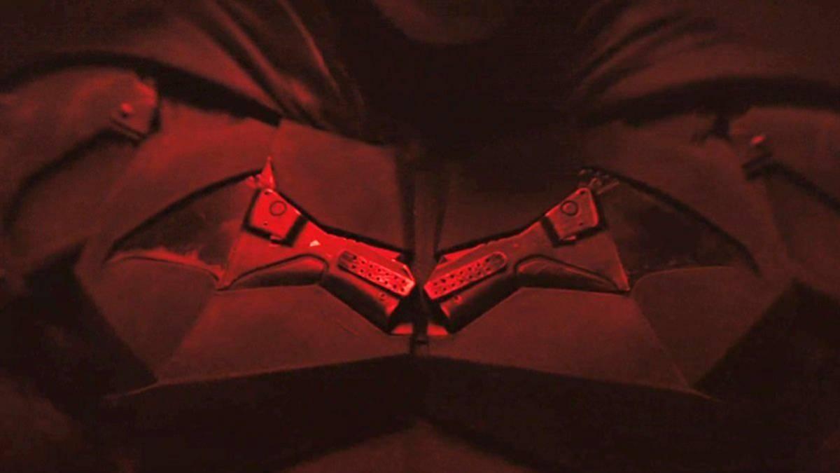 Ver vídeo / Primer vistazo al Bat-traje de The Batman de Robert Pattinson